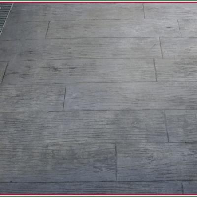 Pavimento per esterni effetto assi legno