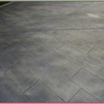 Pavimentazione in cemento stampato per cortili