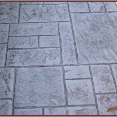 Effetto pietra naturale con monoblocco di cemento stampato
