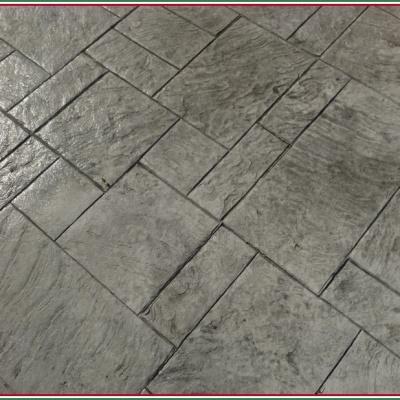 Pavimenti per esterni in cemento stampato effetto pietra naturale