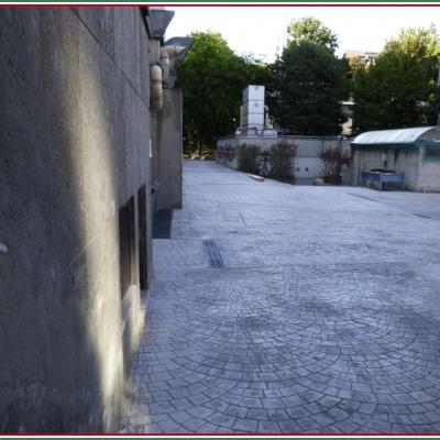 Pavimentazione per esterni in cemento stampato a Lodi