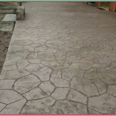 Pavimenti esterni in calcestruzzo stampato per marciapiedi a Lodi
