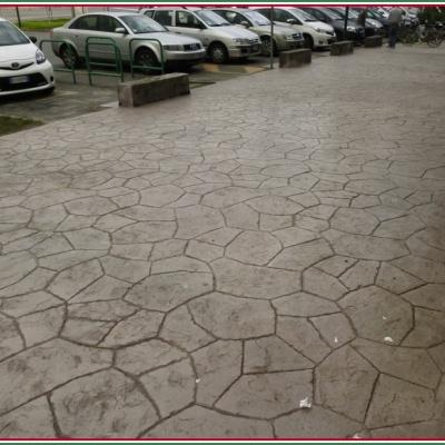 Sasso naturale con cemento stampato per esterni