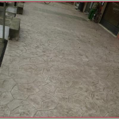 Pavimento portici in cemento stampato effetto pietra a Lodi