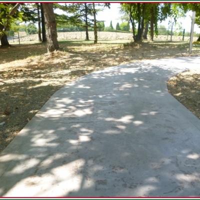 Viale per giardino realizzato in calcestruzzo stampato a Lodi