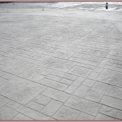 Piazzale in cemento effetto mattoni rettangolari in cemento