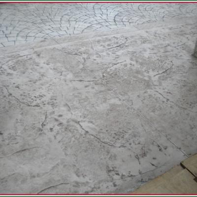 Ingresso garage abitazione in cemento stampato effetto roman slate
