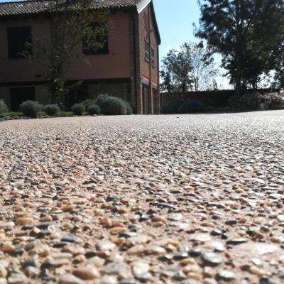 Pavimento elegante per villa in cemento stampato a Cremona