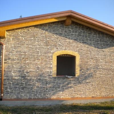 Intonaco stampato simile a pietra colorata per muri abitazione