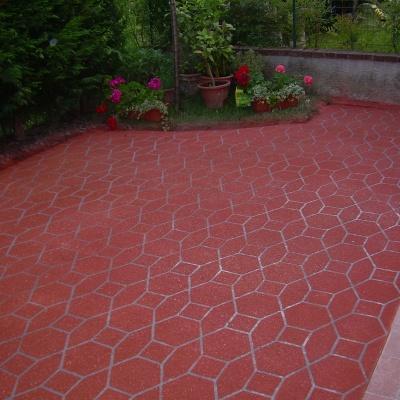 Cemento spruzzato per esterni a Piacenza in cemento spruzzato effetto autobloccanti colorati