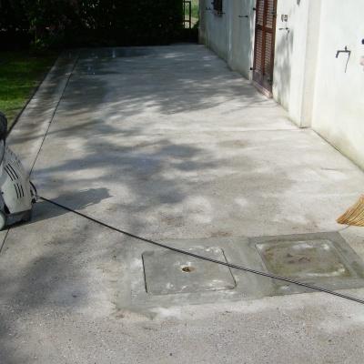 Rinnovo senza demolizione pavimenti esterni a Pavia con cemento spruzzato